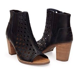 Toms Majorca Peep Toe Leather Ankle Boot Bootie